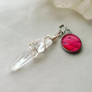 ◆プラプラと揺れて…小さなピンク色の…パワーアクセサリー