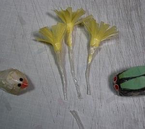 『ティッシュとセロテープで、福寿草を作る♪』 ちりがみ写真館♪