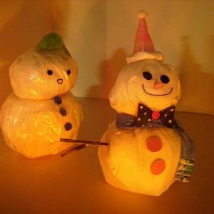 『ティッシュとセロテープの、雪だるま♪』 ちりがみ写真館