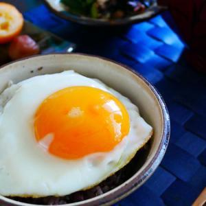 熱海土産で、朝ごはん。