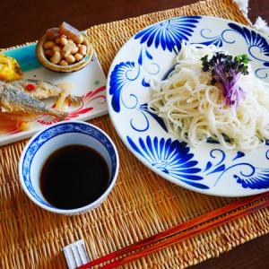 函館グルメ、ブランチの稲庭うどん。