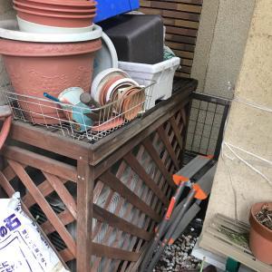 庭のエアコン室外機カバー交換