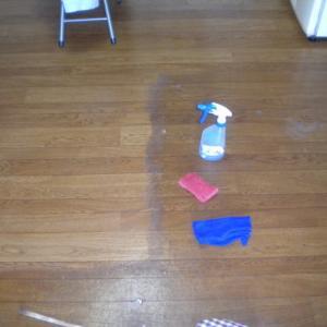 CF床のワックス剥離洗浄