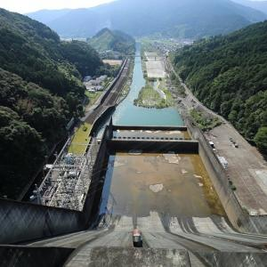 四国の水がめ早明浦ダムへ