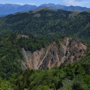 恵那山の崩壊地