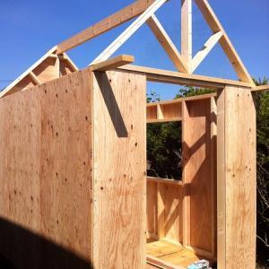 小屋作り 4