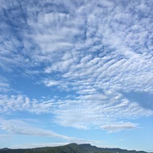 今日の手稲山 秋の空になってきました