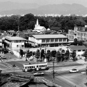 京都市電が走っていた街~昭和52年と今の河原町丸太町~