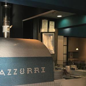 ピザ釜のタイルがかっこいい武蔵浦和のレストラン