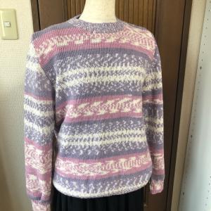 ハスキーの新色でセーター!