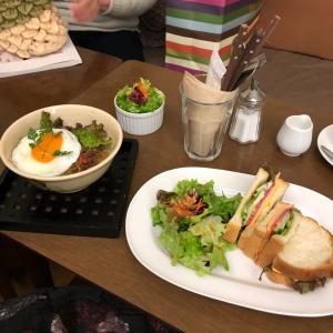 西宮北口にてニットカフェ!