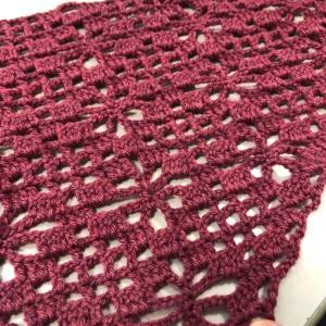 かぎ針で三角ストール&棒針編みの引き上げ模様!