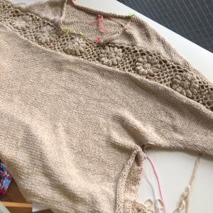 横編みのモチーフつなぎのセーター!