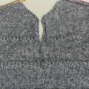 パピーのアストロでウエアーを編みました!