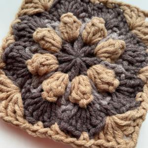 かぎ針編み⭐︎玉編みのモチーフ