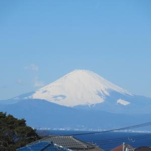 スーパーの2階から富士山が見える!
