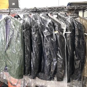 クリーニング屋さんから秋冬物を引き取ってきた!自分のスーツ、ジャケット何着あるのかわからない
