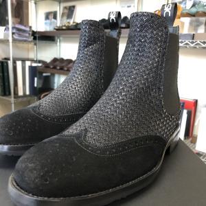 そろそろ用意したいメンズのブーツ/スーツスタイルにも合うブーツで冬のビジネスファッションを!
