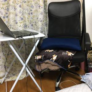 無職は椅子と机を手に入れた