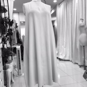 今開発中の一着で無限变化!?洗濯できて、シワになりにくく、オプションで無限のデザインになるドレス