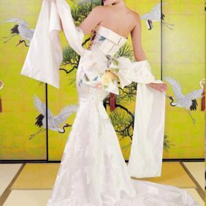 170cm以上の高身長花嫁さんドレスは選択肢が少ない?パンプスやパニエで調節するって本当?