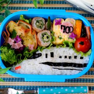 新幹線と紫陽花のお弁当