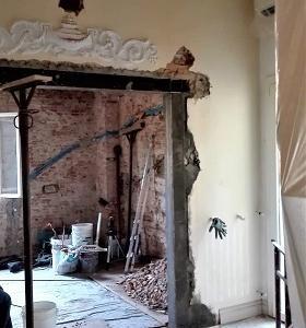 フィレンツェのアパート改装 壁を取り外しました!