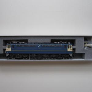 KATO EF65 500番台 P形特急色(JR仕様) 入線