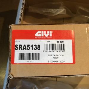 S1000XR 2020用 GIVI スペシャルアルミラック SRA5138 がイタリアからやって来ました!