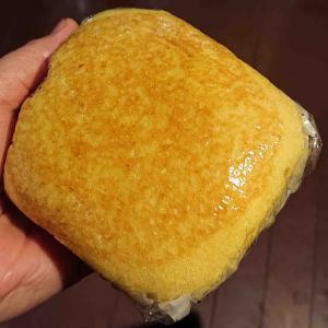 ひなびた菓子パンも意外に