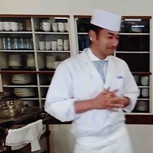 あじわい館のリモート料理教室でプロの技大公開