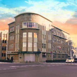新港貿易会館(兵庫県神戸市中央区新港町)