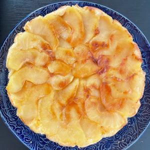 はちみつりんごのケーキにしてみた!