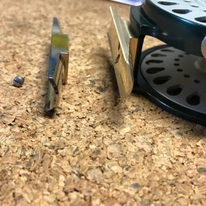 フライリール修理 HARDY BOUGLE AGATE Ⅲ リールフット交換