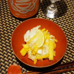 牡蠣と白菜の酢の物、南瓜の煮物、白子餃子で一献