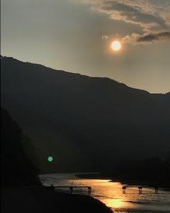 四万十川の 夕陽
