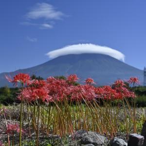 傘雲富士山