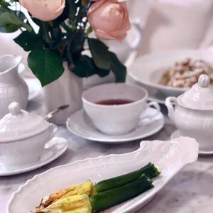 ★旬の野菜を食す 花ズッキーニの詰め物  - レシピ付