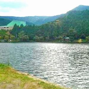 ヘラブナ・コイの釣り場として有名 野守の池 (静岡県島田市川根町(旧榛原郡川根町)家山)