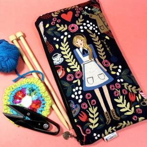 不思議の国のアリスのバッグシリーズ