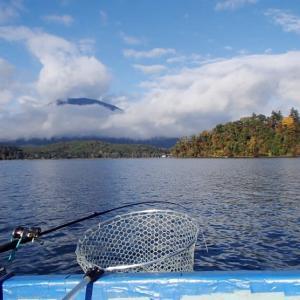 野尻湖のヒメマス釣り & ワカサギ屋形船情報