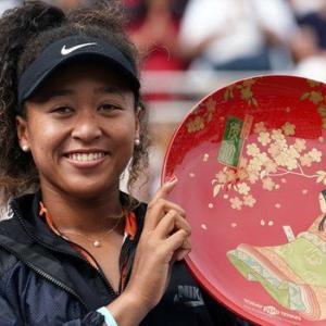柔道女子120キロの素根輝選手金メダルおめでとう!~日本の伝統工芸である蒔絵のトロフィー