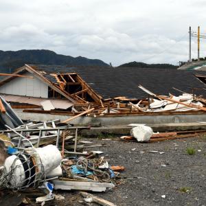 台風15号の被害。千葉県鋸南町より