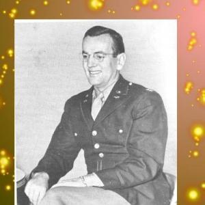 G・ミラー、任官予備訓練開始(ヴァラエティ誌1942年10月21日号)