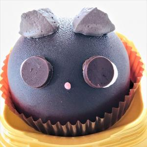 【コンビニ】セブンでハロウィン!何かが隠れているぞ!めっちゃ可愛い黒猫ザッハトルテ!