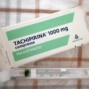 昨夜のワクチン後・・・心配していた発熱と頭痛が!!