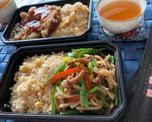 彼岸花に癒されたあと  お昼は中華弁当♬