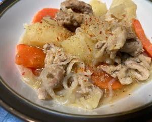 土鍋でコトコト 肉じゃがと切り干し大根♬