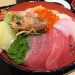 海鮮丼 / 魚魚彩(ととさい)@ イオンスタイル vol.9 他 食べ歩き