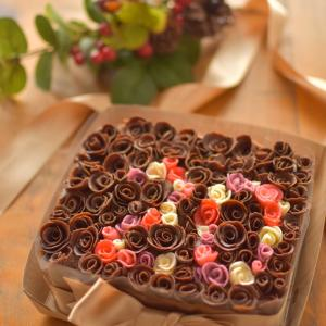 フラワーボックス風のチョコバースデーケーキ♪